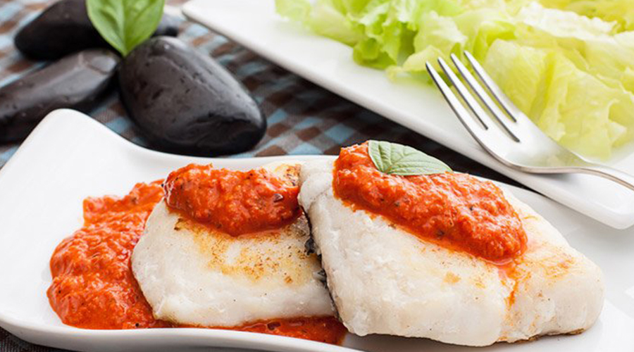Hake in tomato and basil sauce recipe
